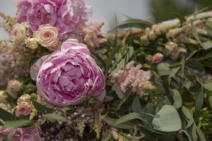 Floral_Styling - 18x13-IMG_2807.jpg